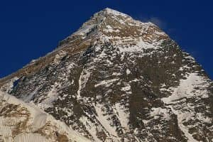 Day 13: Hiking to Kala Patthar (5545m) and descend to Lobuche (4940m)