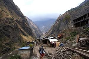 Day 4: Macchakhola to Jagat (1410m)