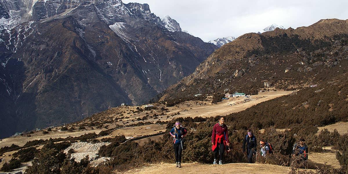 Day 9: Namche to Tengboche (3865m)